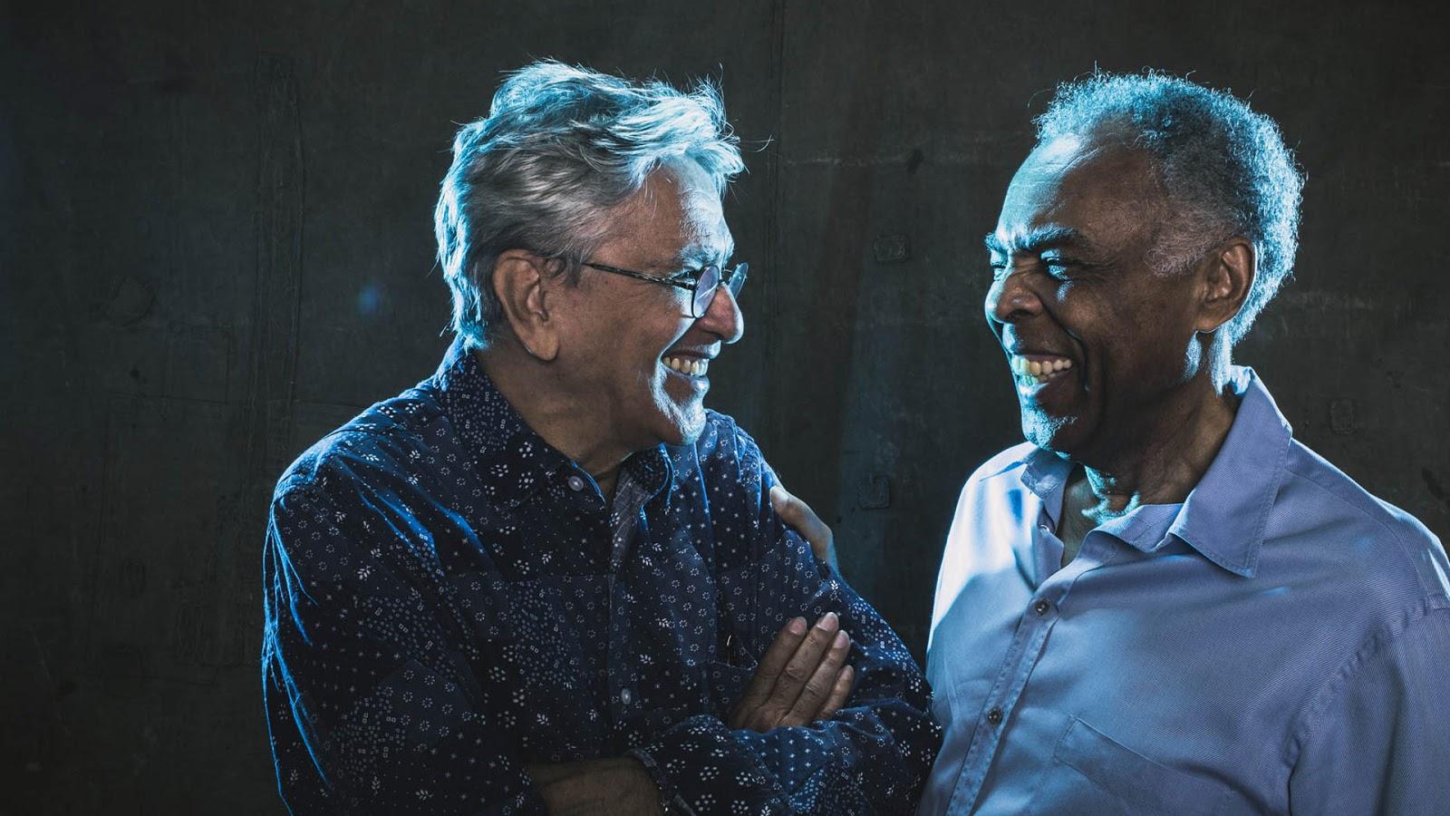 Contratar a Caetano Veloso y Gilberto Gil