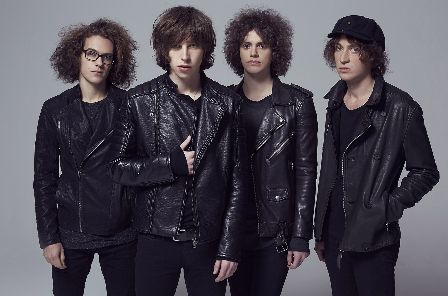 Contratar a Catfish and the Bottlemen