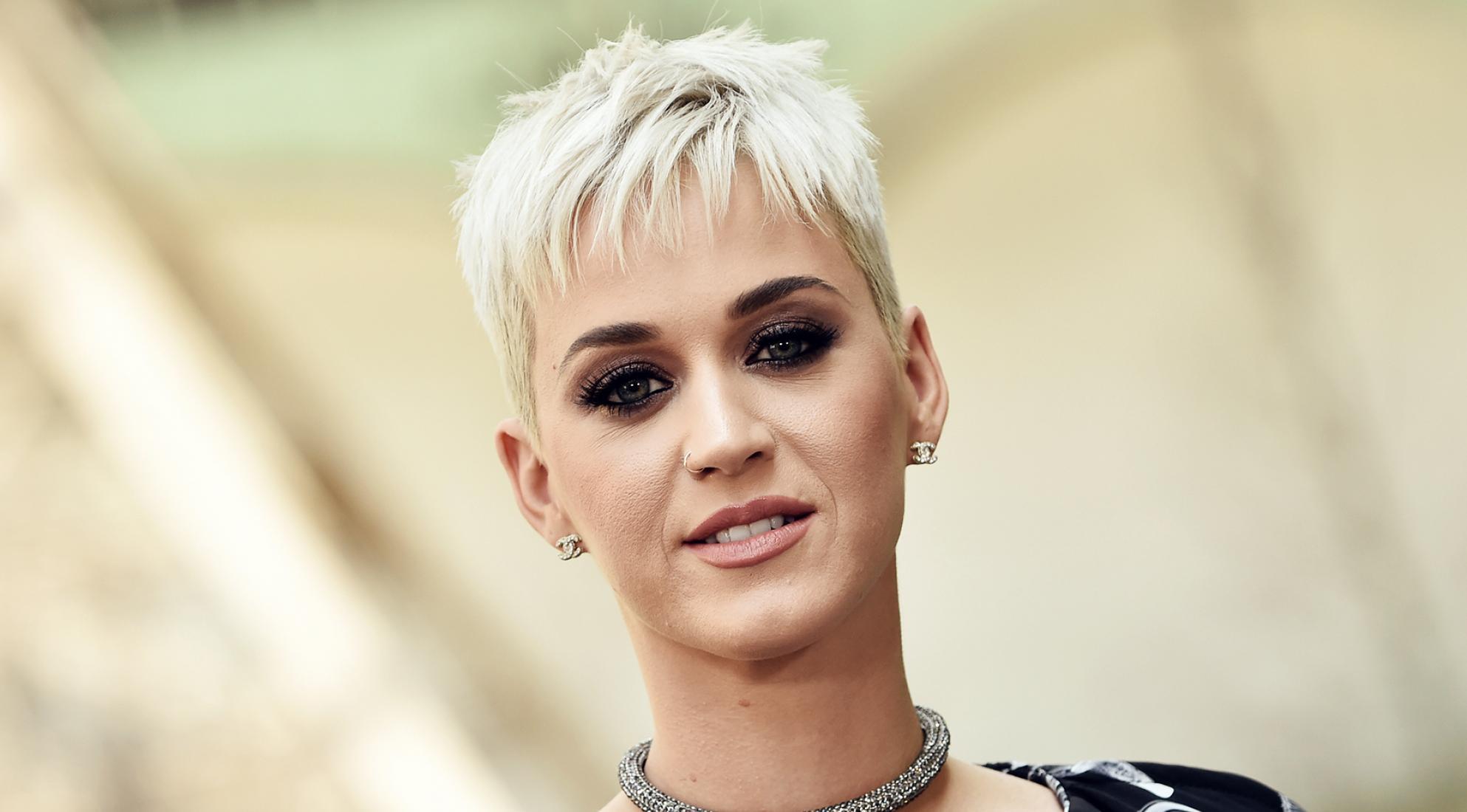 Contratar a Katy Perry
