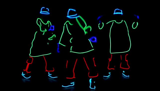 Contratar a Neon Dance
