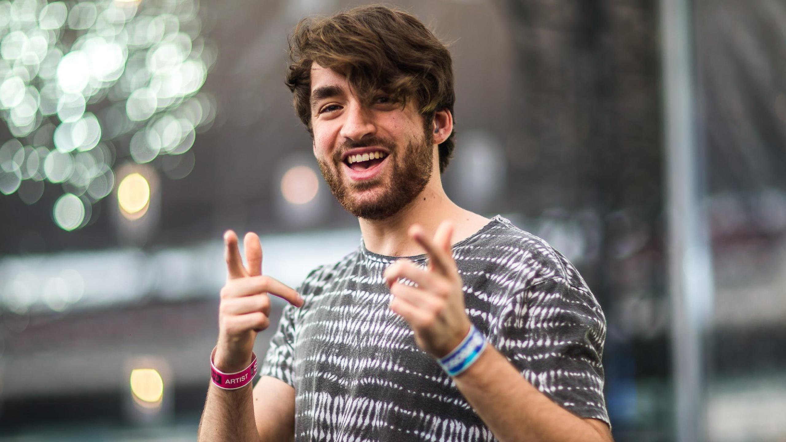 Contratar a Oliver Heldens