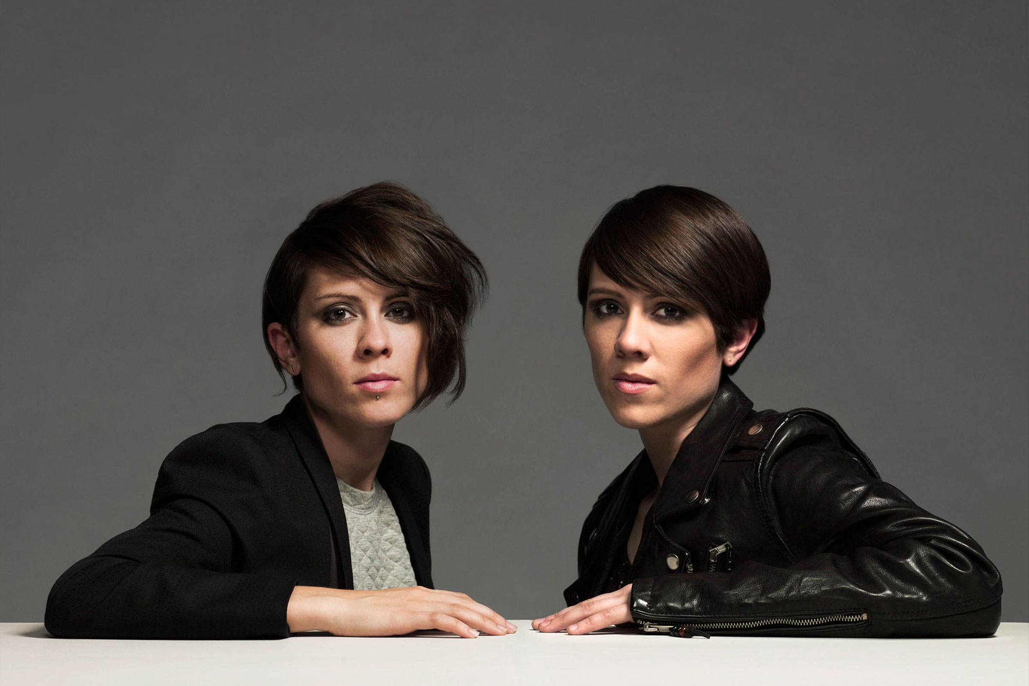Contratar a Tegan and Sara