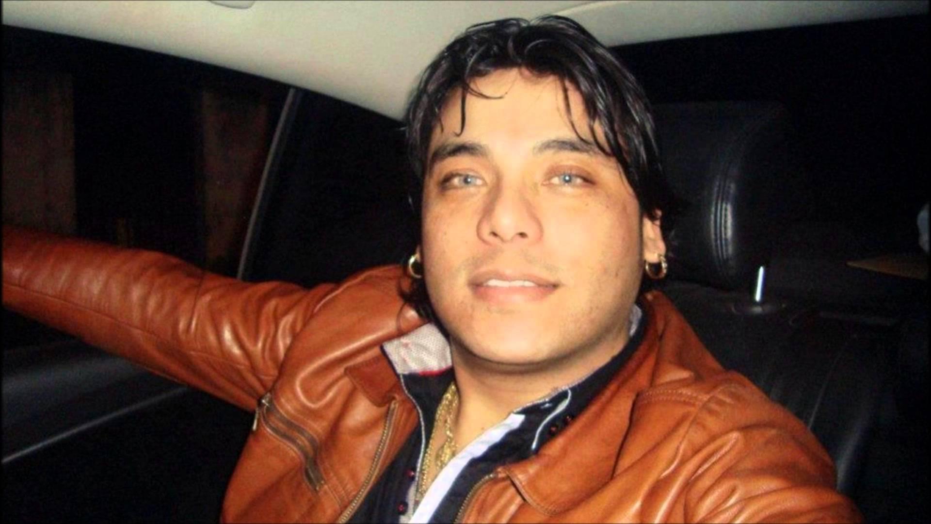 Contratar a Uriel Lozano